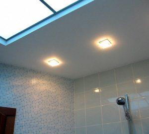 Освещение в ванной комнате своими руками