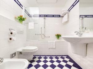 Ванная с туалетом - совмещенные фото