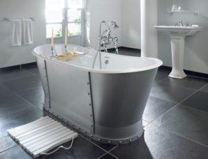 Какую ванну лучше выбрать – акриловую или стальную